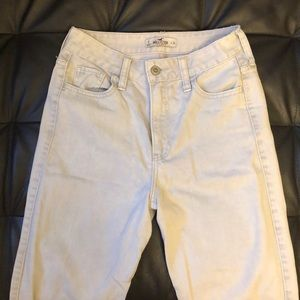 Hollister Jeans High Waisted Mom Jeans size 0/24